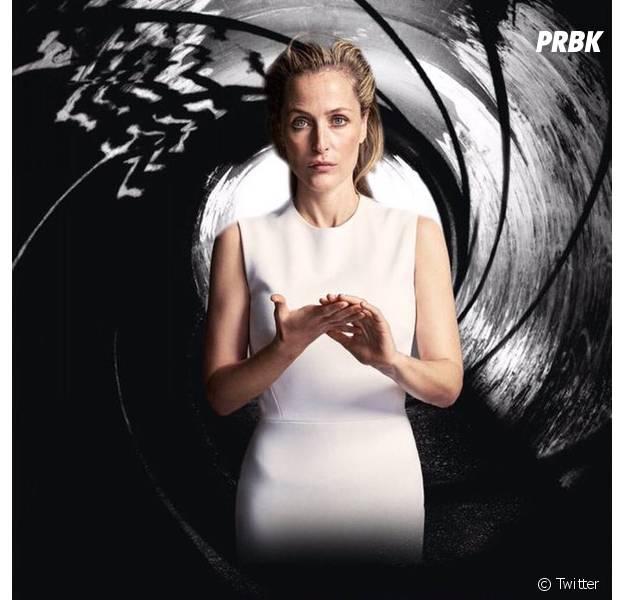 """Sim, ela mesma! A Agente Scully de """"Arquivo X"""", Gillian Anderson, é a favorita dos fãs para ser Bond, Jane Bond..."""