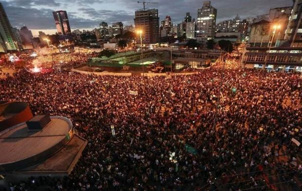 Manifestações-pelo-Brasil-03-620x392