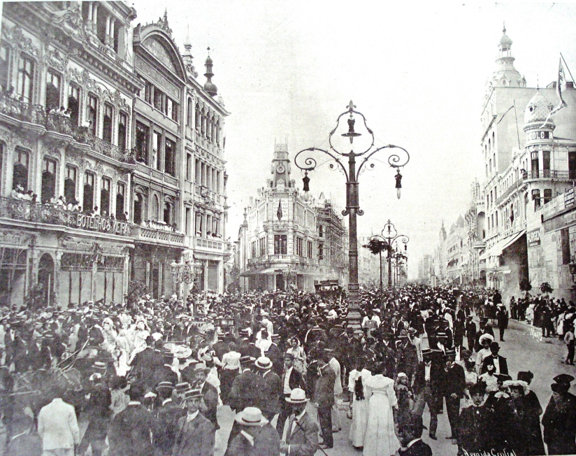 Av. Rio Branco, no Rio de Janeiro, na década de 1900.