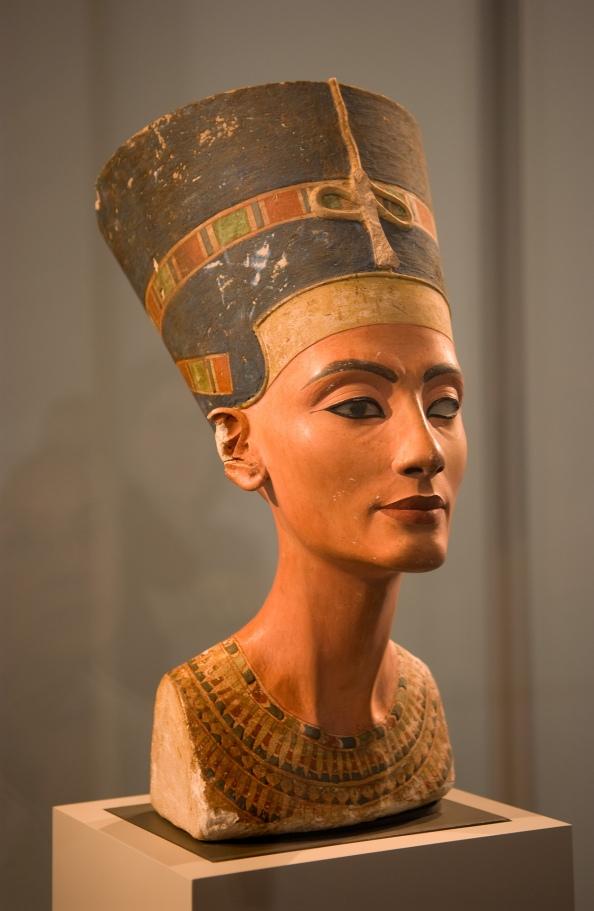 Busto-de-Nefertiti_02