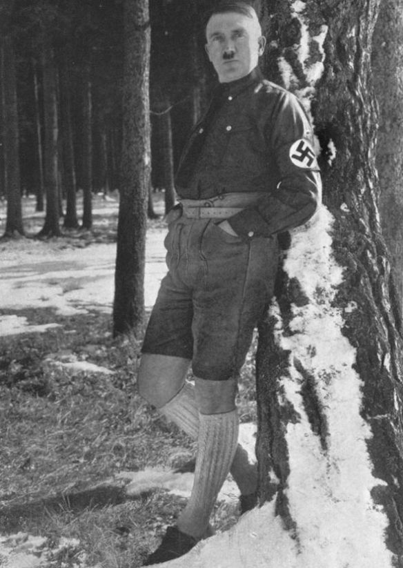 Hitler-short-trousers-276414