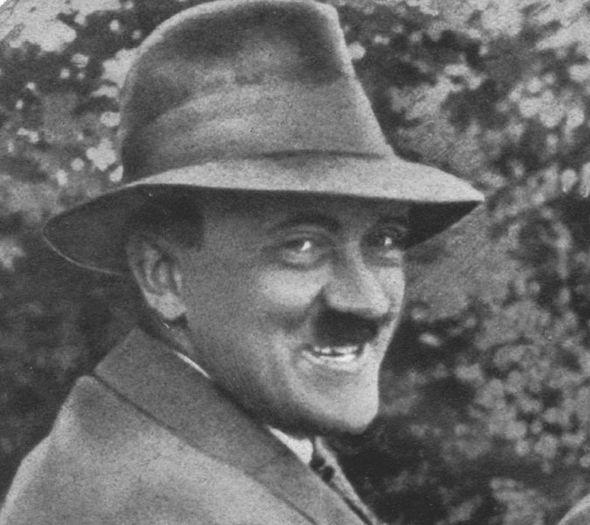 Hitler-stupid-smiling-276417