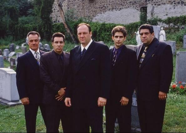 """O sucesso do seriado da HBO """"Os Sopranos"""" reacendeu o interesse pela Máfia americana, que antes fora retratada na obra-prima """"O Poderoso Chefão"""", de Francis Ford Coppola."""